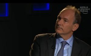 Tim Berners-Lee au sommet WEF de Davos. Dans la vidéo ci-contre, il s'exprime notamment sur les médias sociaux.