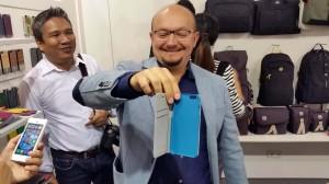 La prochaine sortie de l'iPhone 6 donne le sourire à ce marchand.